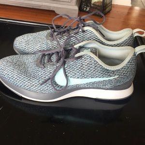 Nike Women's size 7 shoes